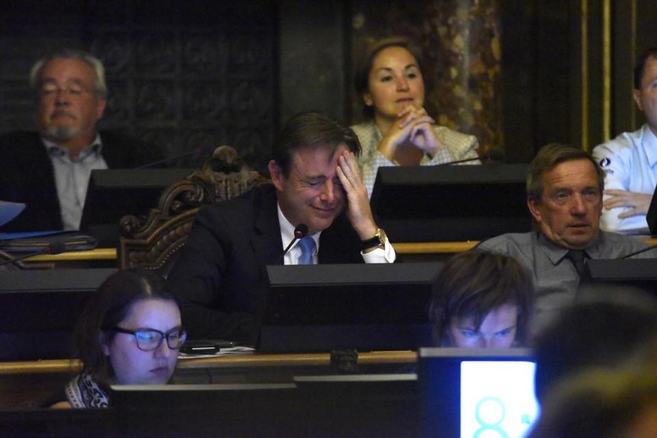 De Wever had het moeilijk met de kritiek.