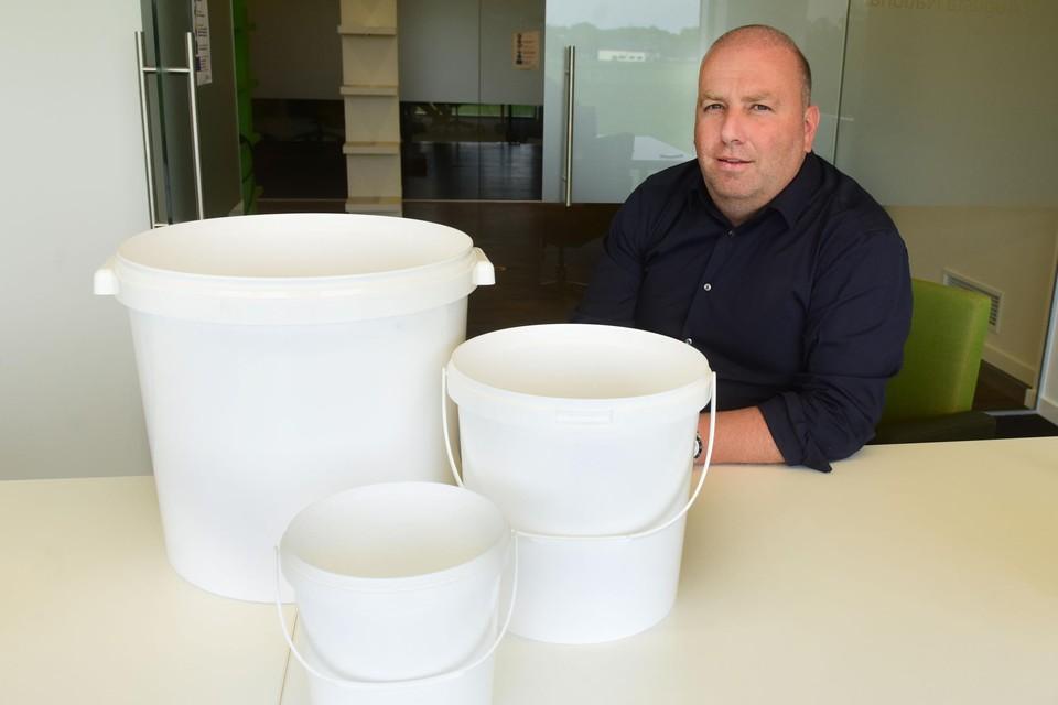 CEO Patrik De Cat: vanaf nu ook emmers in alle formaten.