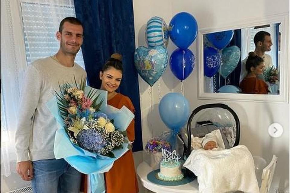 Ruim twee maanden geleden reisde Vukotic al eens naar Bosnië om zijn Jovana bij te staan bij de geboorte van hun eerste zoontje, Matija.