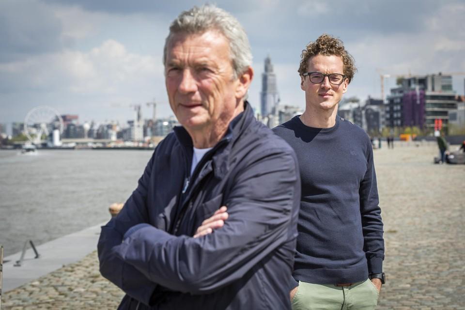 """Pieter Wachters (rechts): """"Cocaïne kopen is makkelijker dan een pizza bestellen."""""""