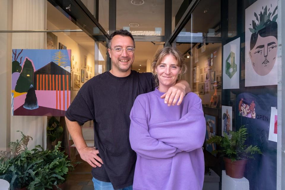 Bart Lenaerts en Jolijn Gijsels in hun nieuwe kunstgalerie Muro.
