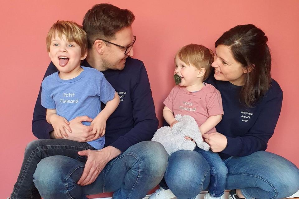 Johan en Lissa met hun kinderen Louis en Jules staan voor Parti Plaisir.