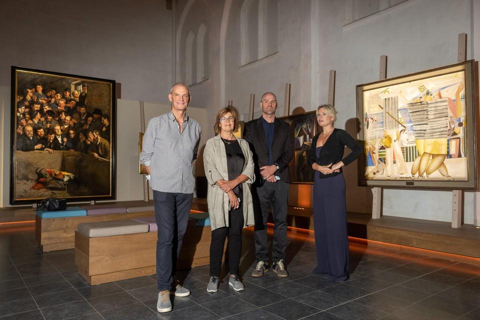 Joost Bourlon, Marleen D'Joos, Hans Bourlon en Sofie Van de Velde.