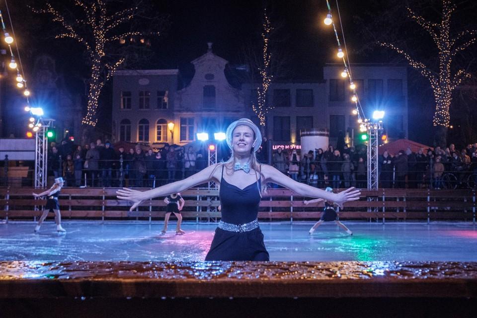 Geen schaatsboot aan de Mechelse Vismarkt dit jaar.