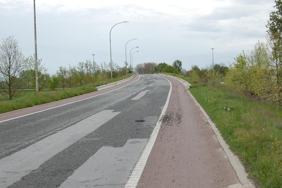 De brug van de Kruibekesteenweg over de E17.