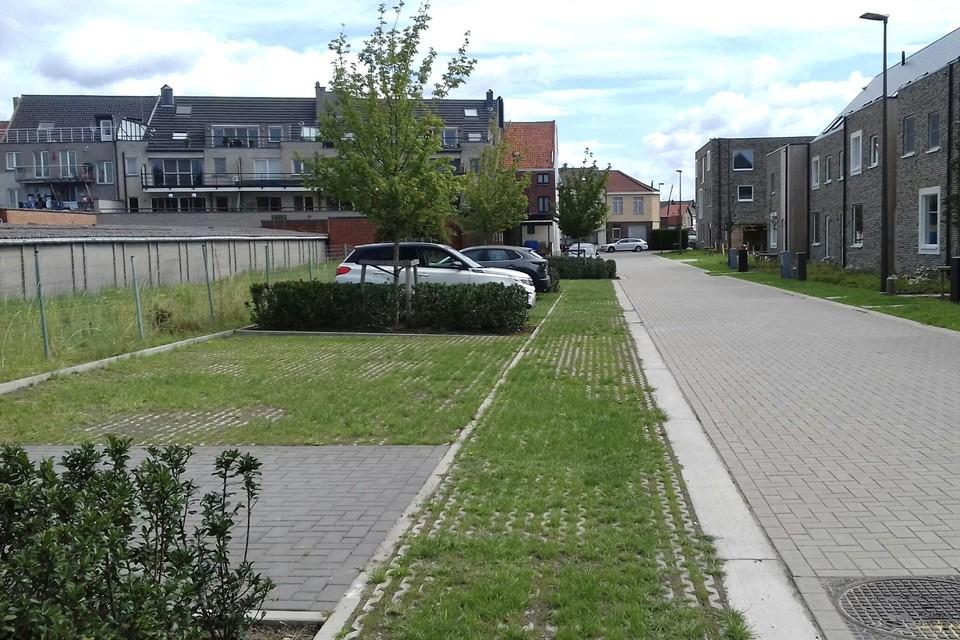 De nieuwe buurtparking bevindt zich in de nieuwe Berthe Seroenstraat, vlak bij de Oude Antwerpsebaan.