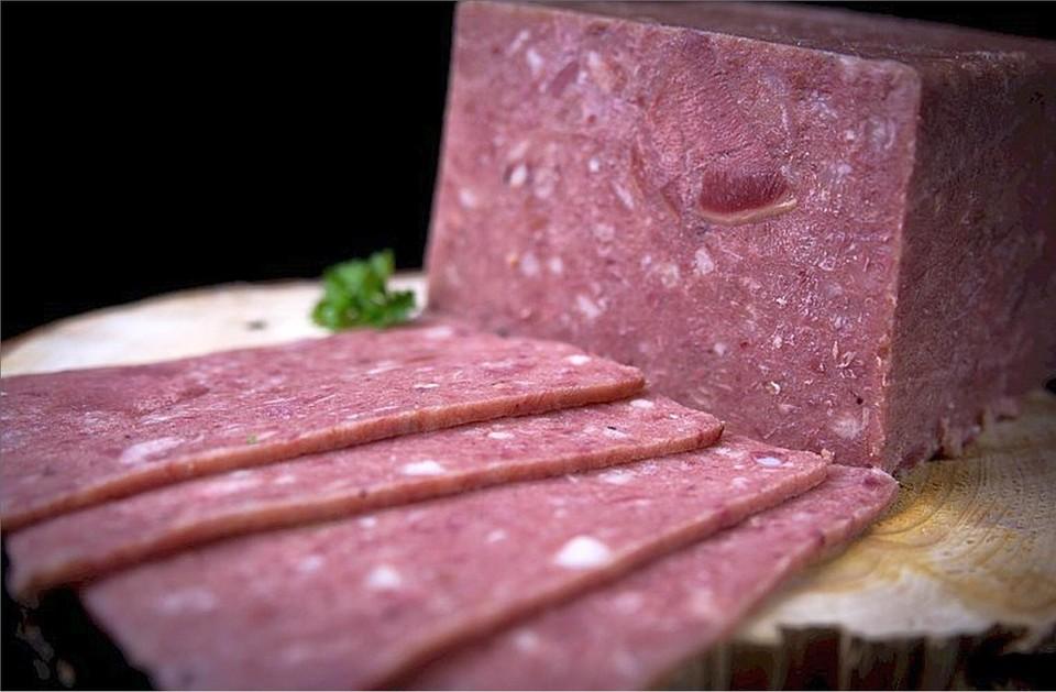 In de kipkap is de bouillon verwerkt die eerst van het gebruikte varkensvlees wordt getrokken.