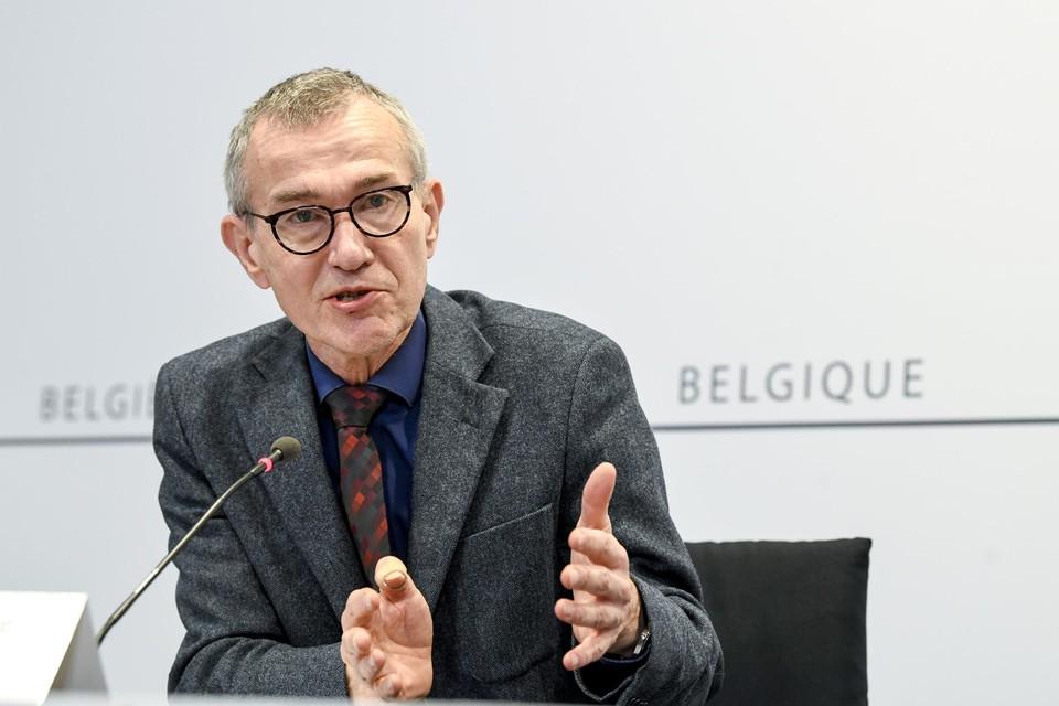 Vooruit-vicepremier Frank Vandenbroucke ligt nu ook dwars over de fiscale voordelen voor bedrijfswagens.
