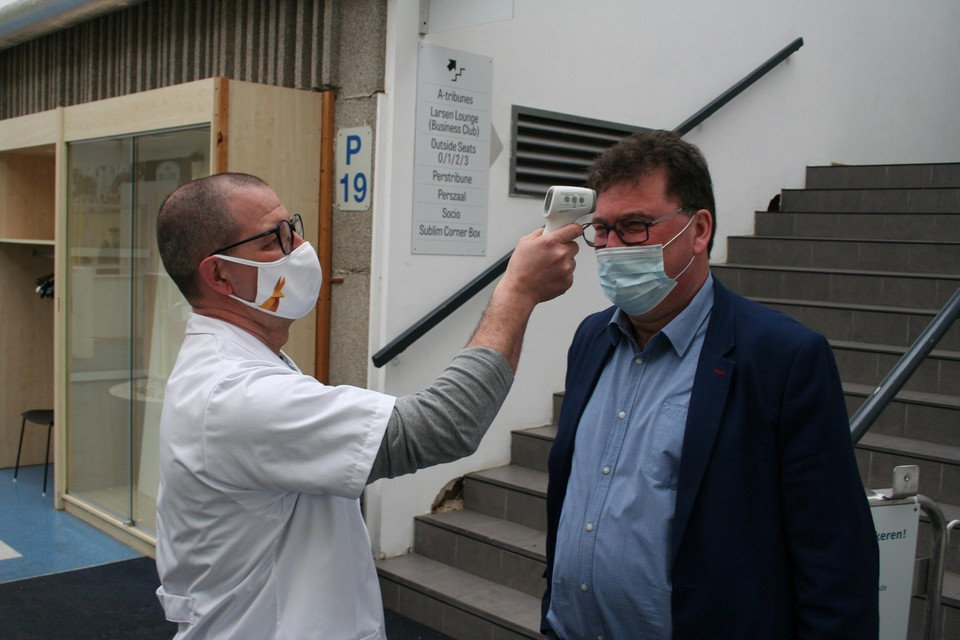 Het Lokerse vaccinatiecentrum in het Daknamstadion gaat eind deze week onherroepelijk dicht.