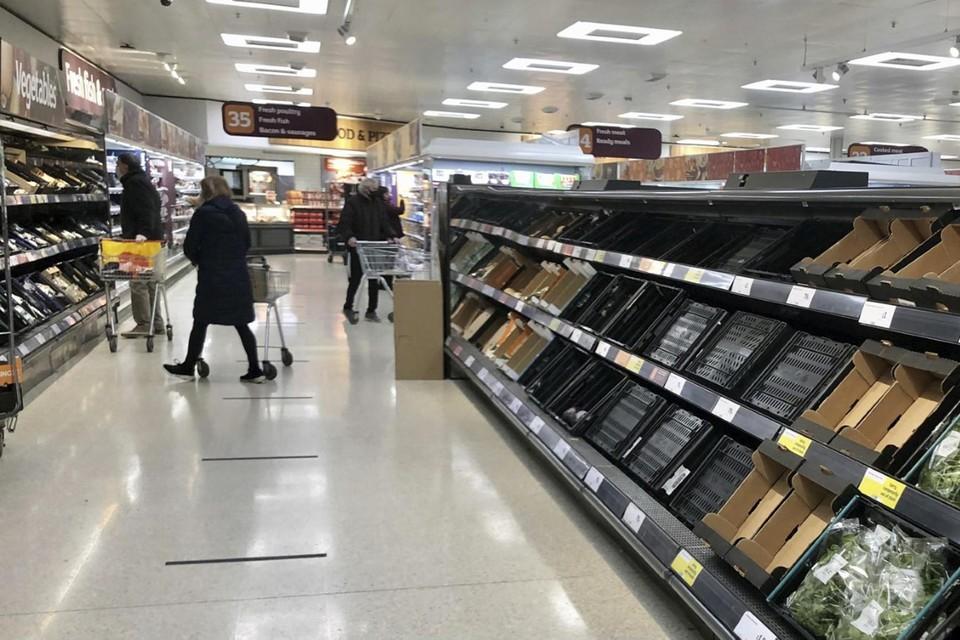 Lege winkelrekken in Noord-Ierland.