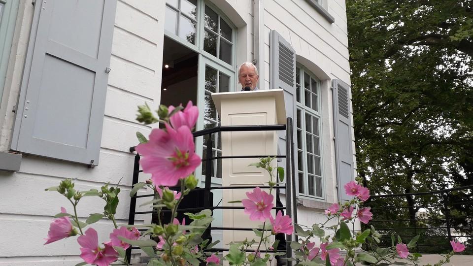 Louis Fret is sinds 2019 voorzitter van de seniorenraad, en heeft een plan klaar om senioren uit isolement te halen.
