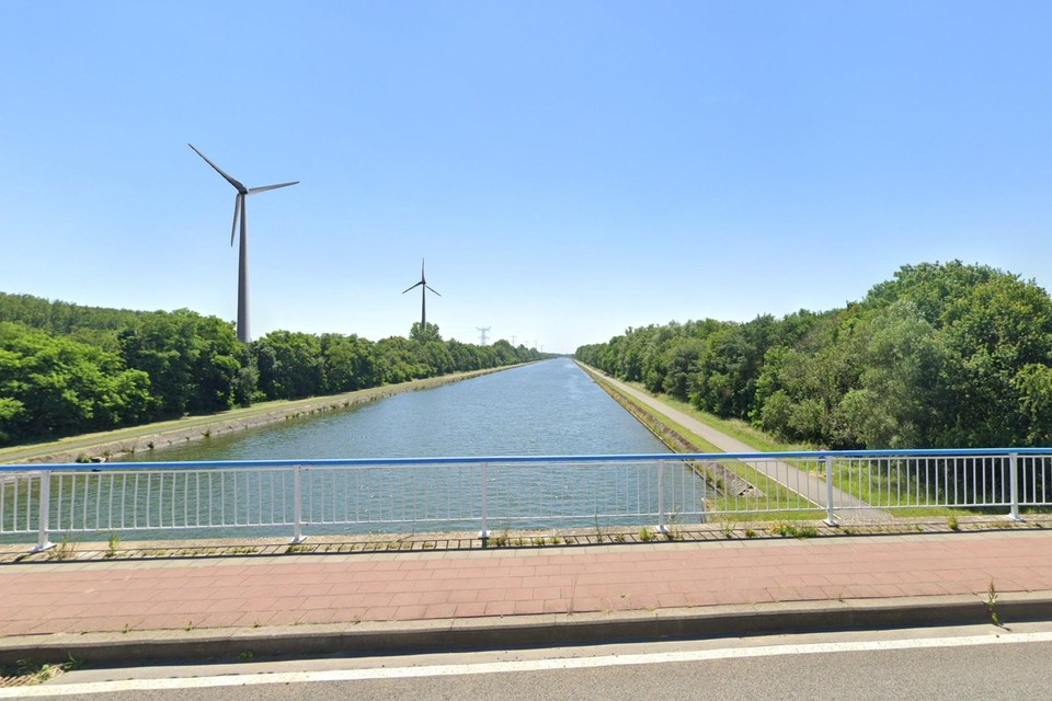 Een simulatiebeeld van de windturbines in Olmen.