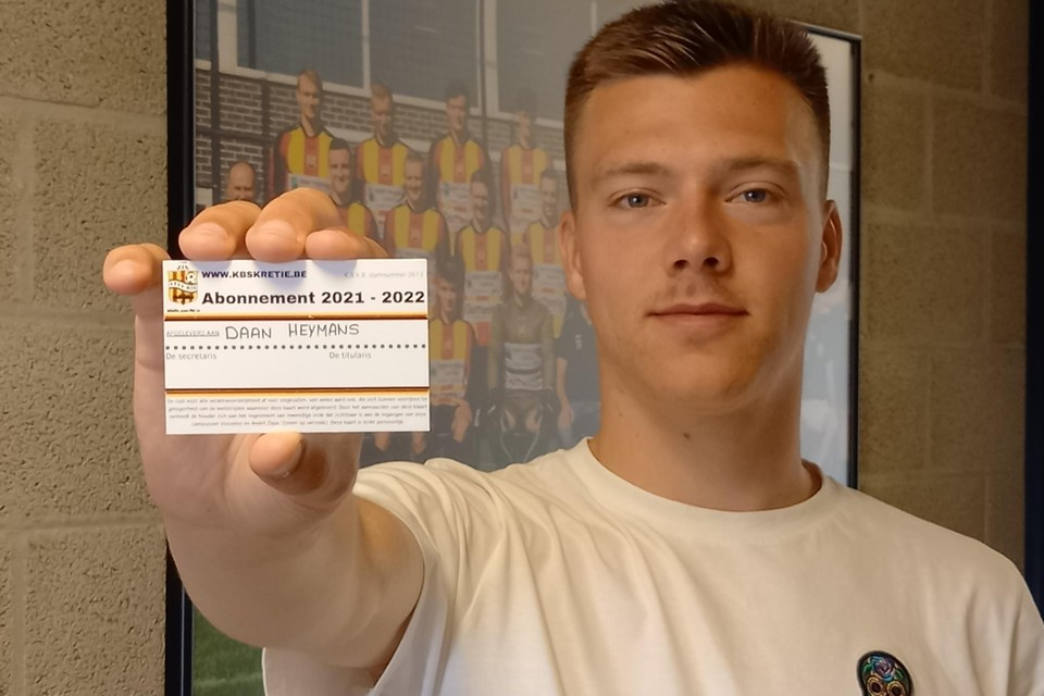 Daan Heymans is de eerste abonnee van KBSK Retie voor het nieuwe voetbalseizoen.
