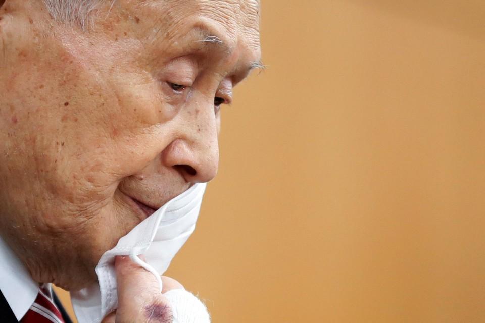 Yoshiro Mori, een man met zorgen.