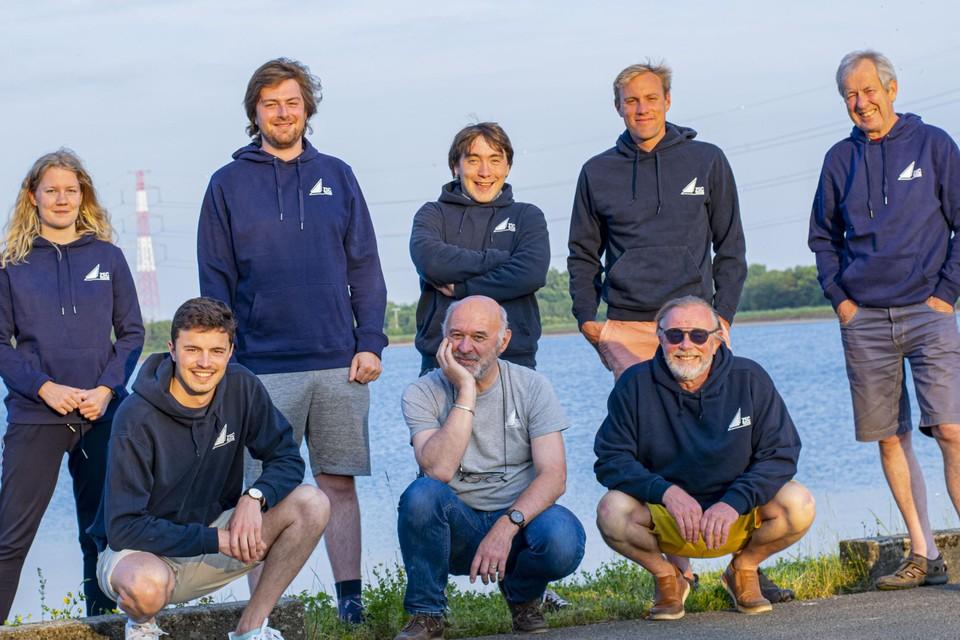 Het nieuw bestuur: Boven: Billie De Backer, Ben Celis, Dieter Vandenbergh, Kevin Paesmans, Patrick Block. Beneden; Gert Verhaeghe, Paul De Maesschalck, Roland Paesmans.
