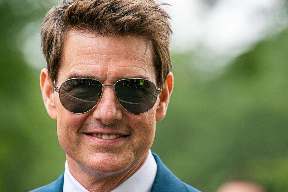 Tom Cruise in juli, tijdens het tennistoernooi van Wimbledon, toen zijn gezicht er nog niet zo vol uitzag als nu.