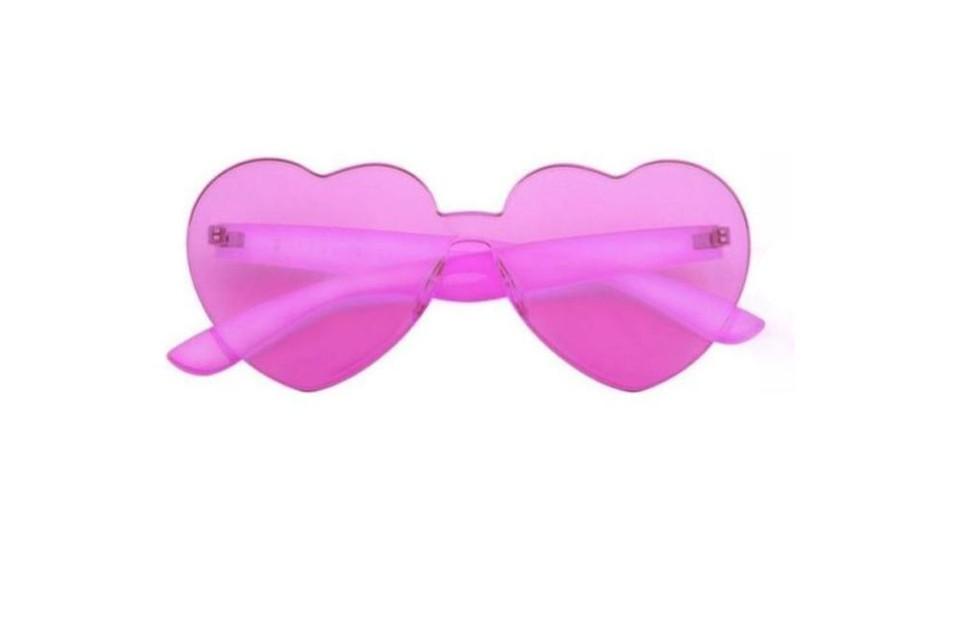 Dé bril om alles door... een roze bril te zien - Sunnylife - 14 euro via Juttu
