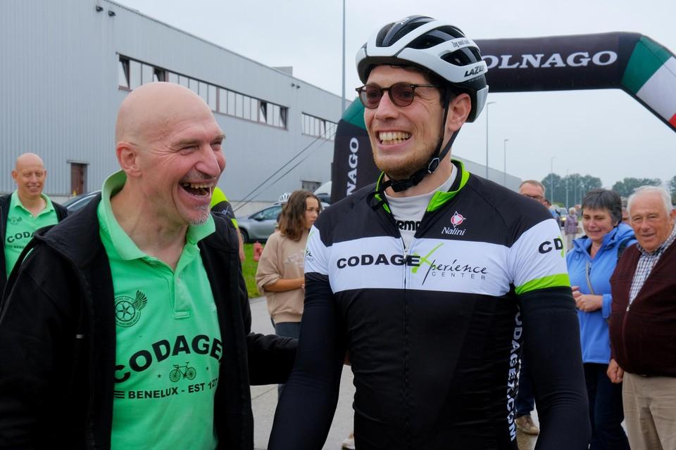Stig Broeckx werd aan de aankomst onder meer opgewacht door collega Ludo Dierckxsens.