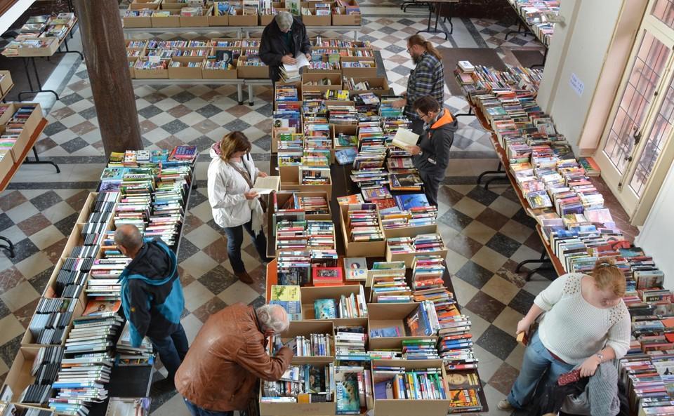Boekenverkoop.
