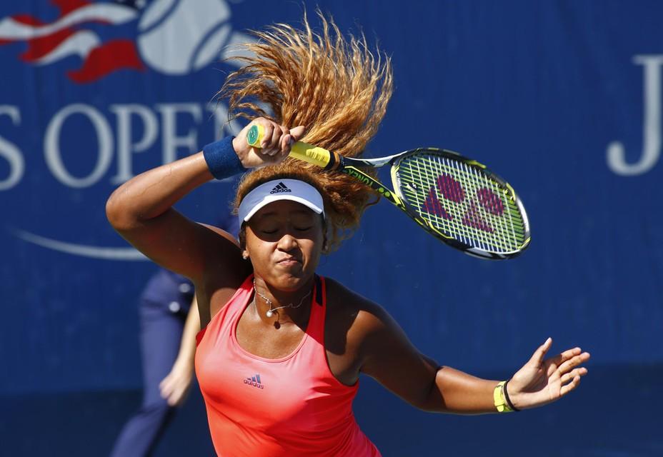 Geen enkele vrouwelijke tennisser verdiende het afgelopen jaar zoveel als Naomi Osaka.