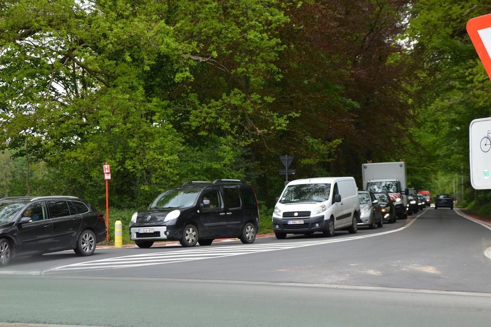 Het was druk maandag op de Hofstraat in Viersel.