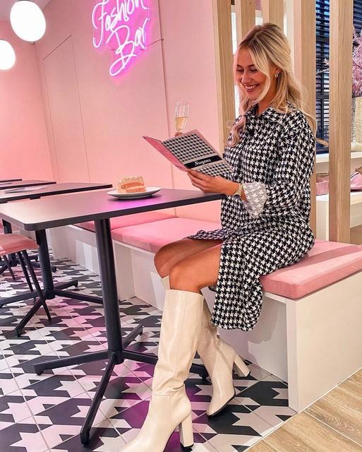 Ook ex-Miss België Celine Van Ouytsel kwam al een kijkje nemen in Beerse.