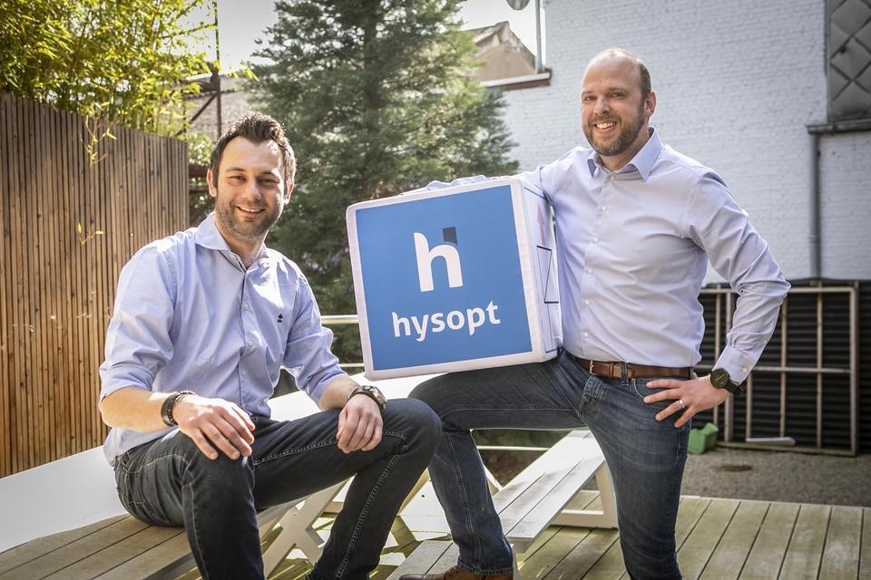 Technisch directeur Kristof Smits en oprichter Roel Vandenbulcke van het softwarebedrijf Hysopt zorgen er mee voor dat warmte uit de Londense metro naar duizenden huiskamers zal stromen.