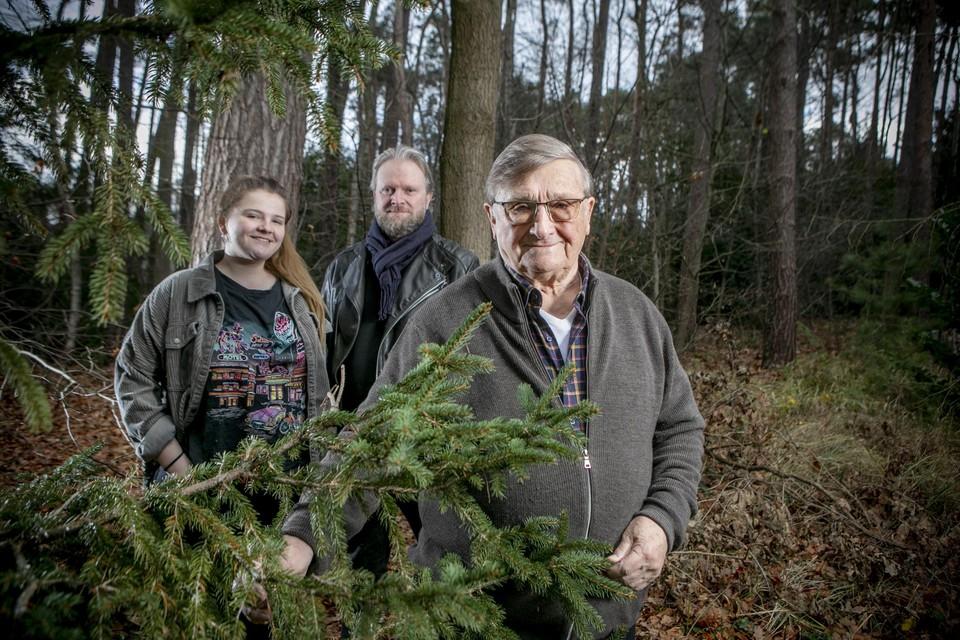 Kleindochter Elize, zoon Raf en opa Jaak: drie generaties Van Assche op de foto.