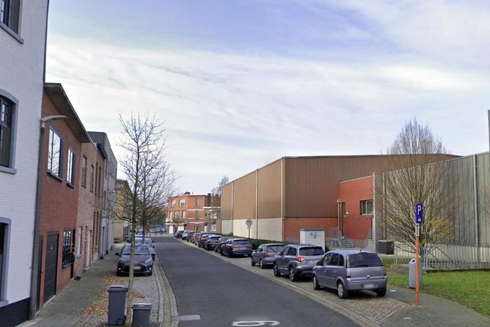 Het deel van de straat Vossenberg aan de sporthal gaat dicht voor werken aan de openbare verlichting.
