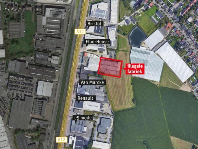 In deze loods op de Boomsesteenweg werd de grootste productiesite gevonden.