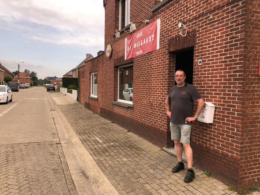 Met café De Willaert wil de nieuwe kroegbaas mensen van alle leeftijden aanspreken.