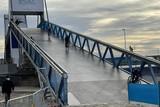 thumbnail: Afgelopen woensdag mochten enkele jonge renners de imposante brug die de renners van Wellington naar strand moeten brengen al een uittesten. Als het WK niet doorgaat, zullen ze de enigen geweest zijn