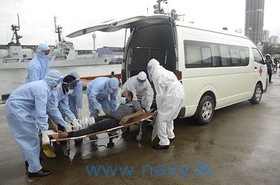 Twee van de 25 opvarenden raakten gewond door een grote explosie op woensdag 25 mei