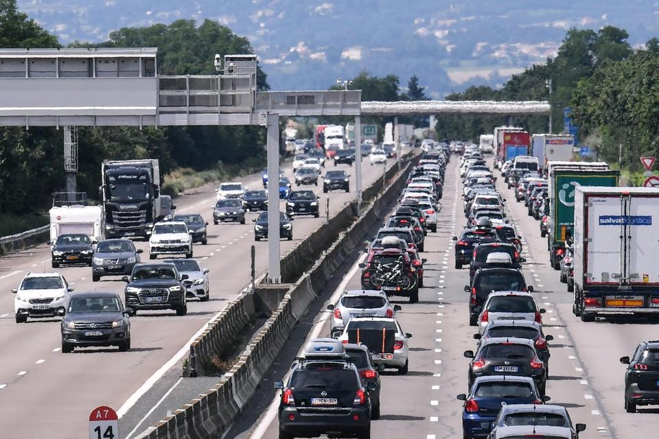 Vrijdag is het al druk op de wegen richting zuiden en op de terugweg.