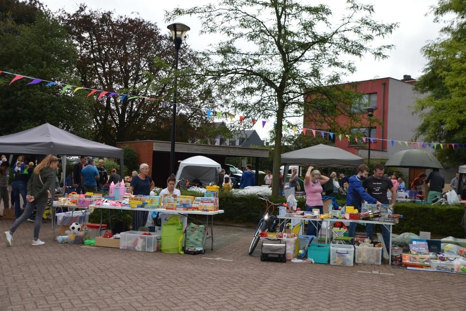 De kinderrommelmarkt.