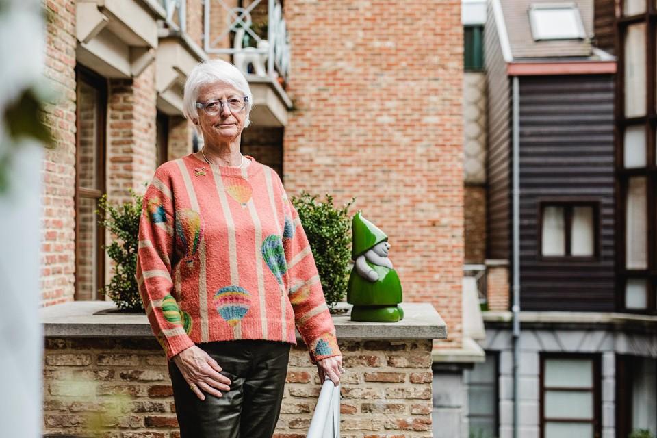 Betty loopt zonder een wandelstok. In oktober werd ze in elkaar geslagen , na een opmerking over social distancing.
