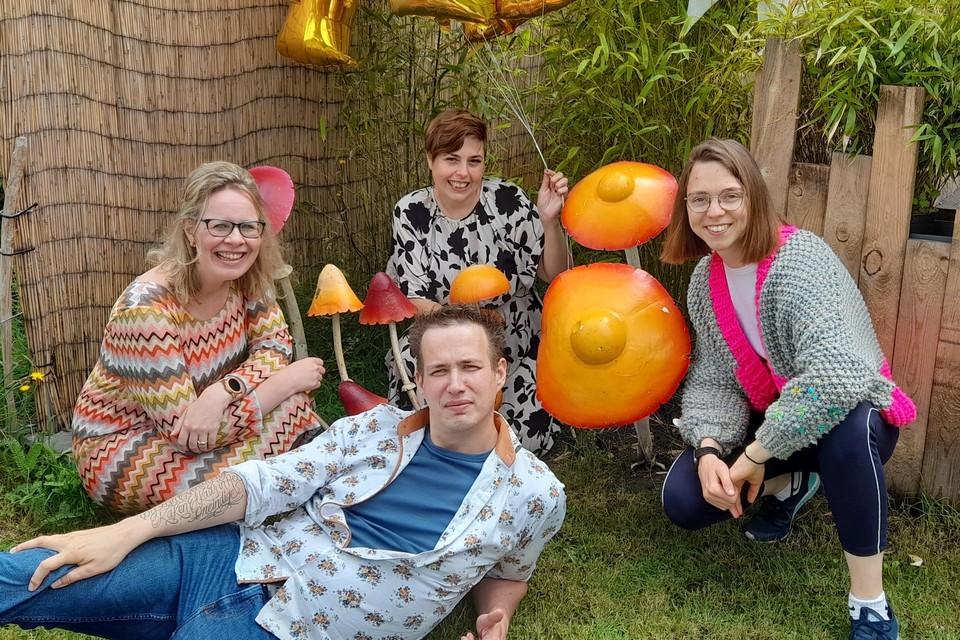 Ine Gaukema, Wendy Luyks, Tom Driesen en Melissa van Ginderen zijn de drijvende kracht achter Vlamdragers.