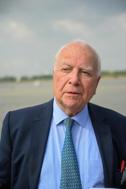 Ook oud-premier Mark Eyskens was aanwezig op het feest om het project te steunen.