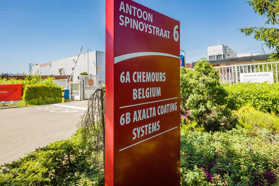Chemours nam in 2015 wereldwijd de productie over van DuPont de Nemours.