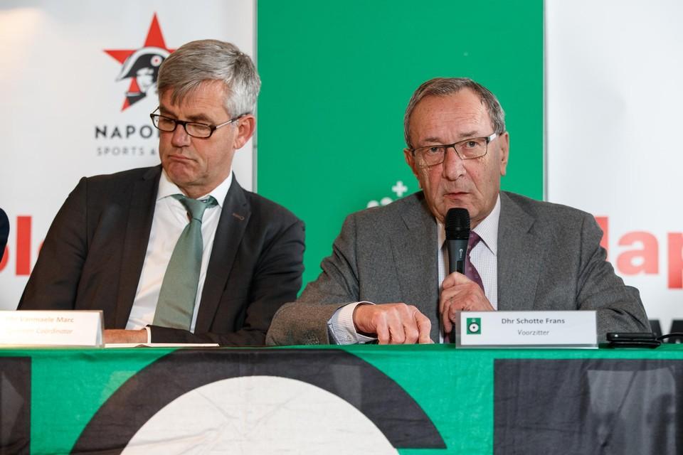 Marc Vanmaele (links) aan de zijde van voormalig voorzitter Frans Schotte bij Cercle Brugge.