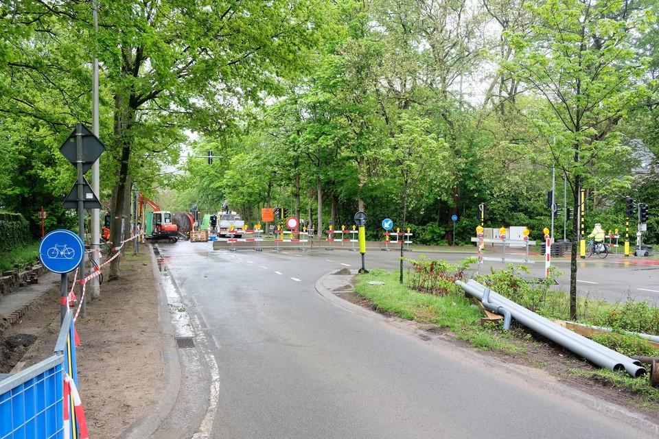 Het kruispunt Elshoutbaan-Miksebaan