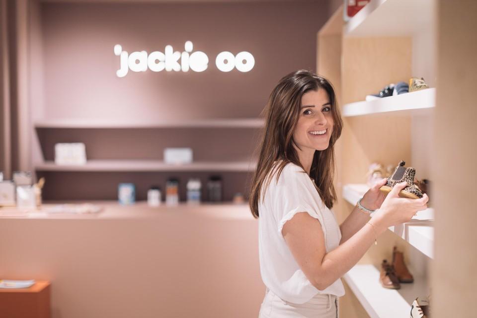 Lore Vanden Broeck in haar nieuwe winkel.
