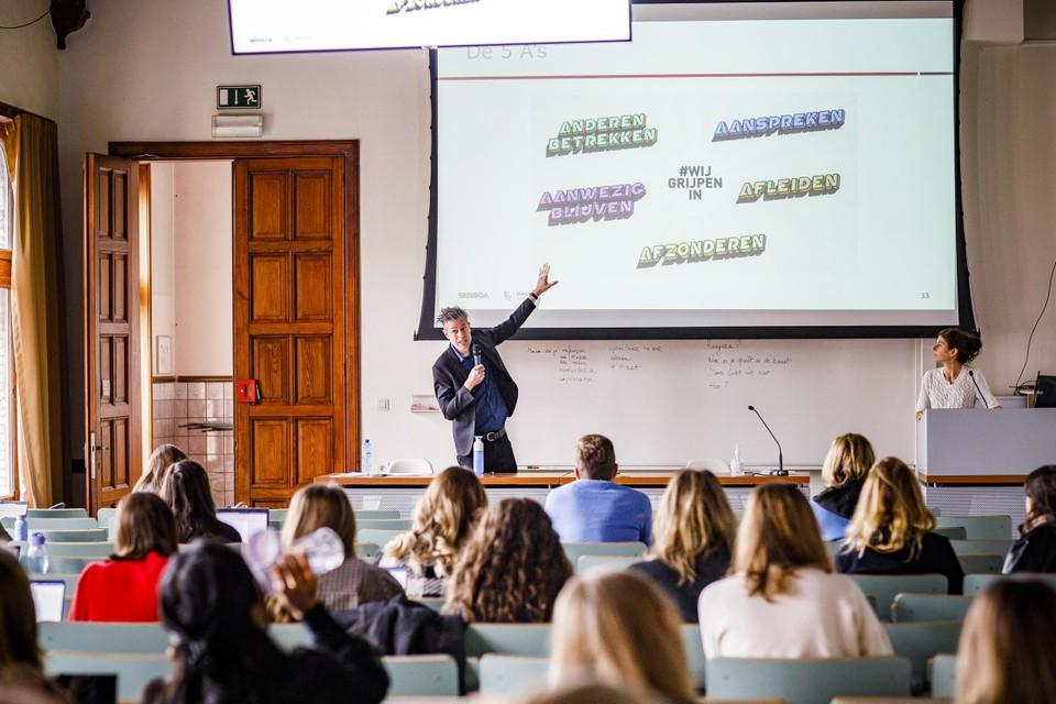 Studenten van de Thomas Morehogeschool in Antwerpen, kregen woensdag les over de vijf A's.
