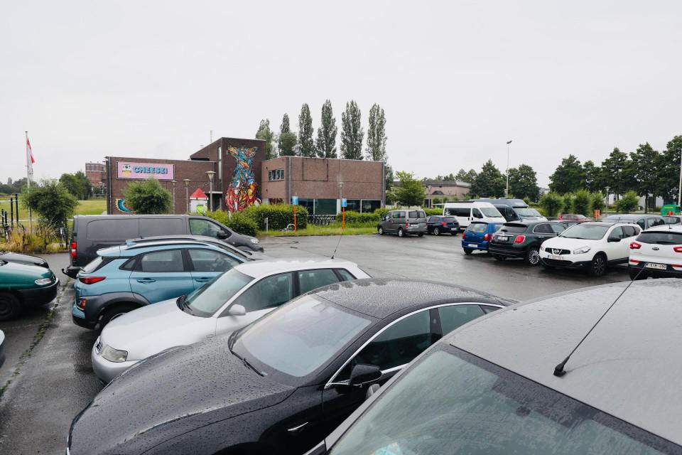 Het schietincident deed zich voor de parking van jeugdcentrum Moevement op de Aarschotsesteenweg.