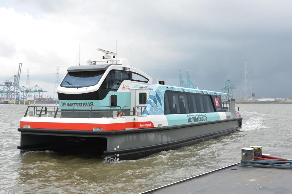 De Waterbus is met al meer dan een miljoen passagiers een populair vervoermiddel.