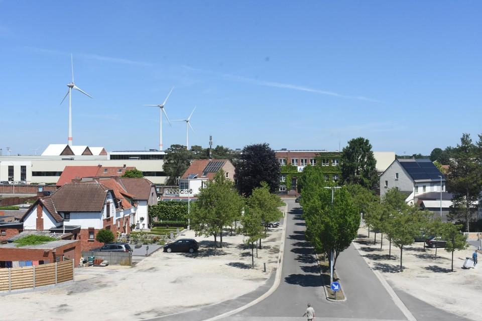 De vierde grotere turbine zou ook een impact hebben op de omgeving van de cité en het beschermde Casino Gompel.