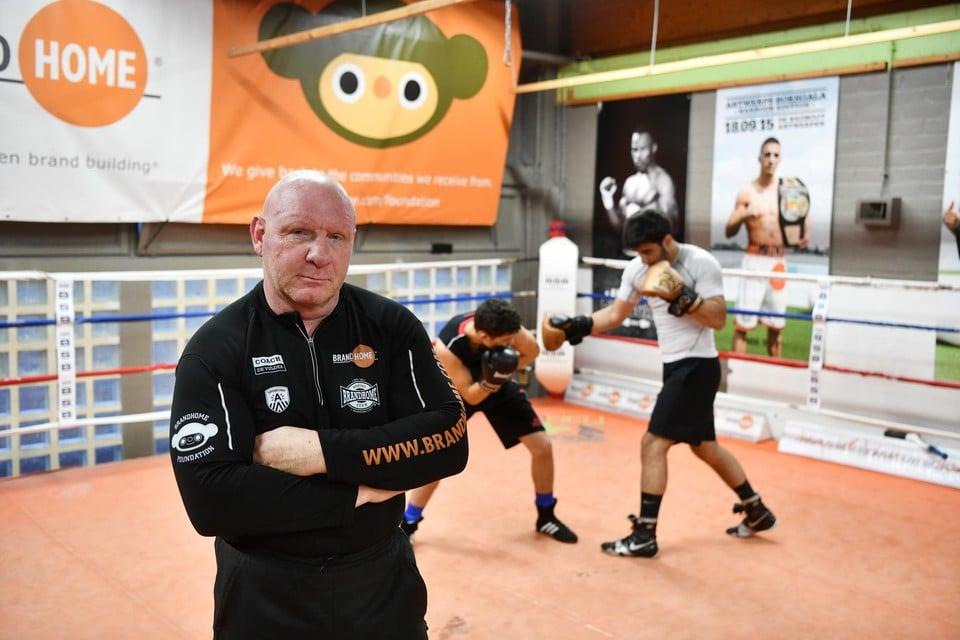 Renald De Vulder zoekt een nieuwe plek voor zijn boksers.