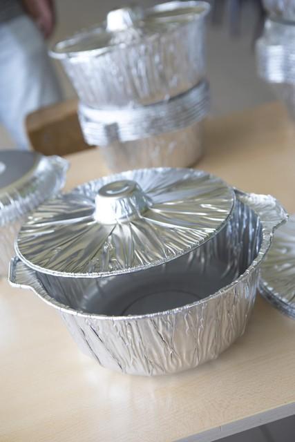 De mosselen worden geleverd in wegwerpbare potten.
