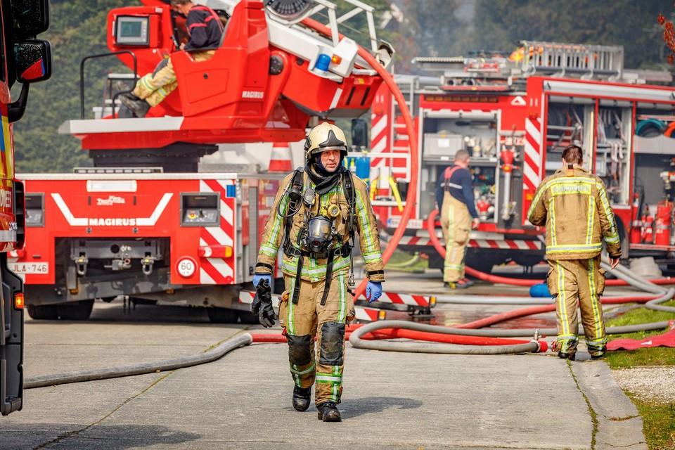 Beroepsbrandweermannen kloppen in de toekomst niet alleen shiften in hun eigen kazerne, maar ook in de verzekerde posten.