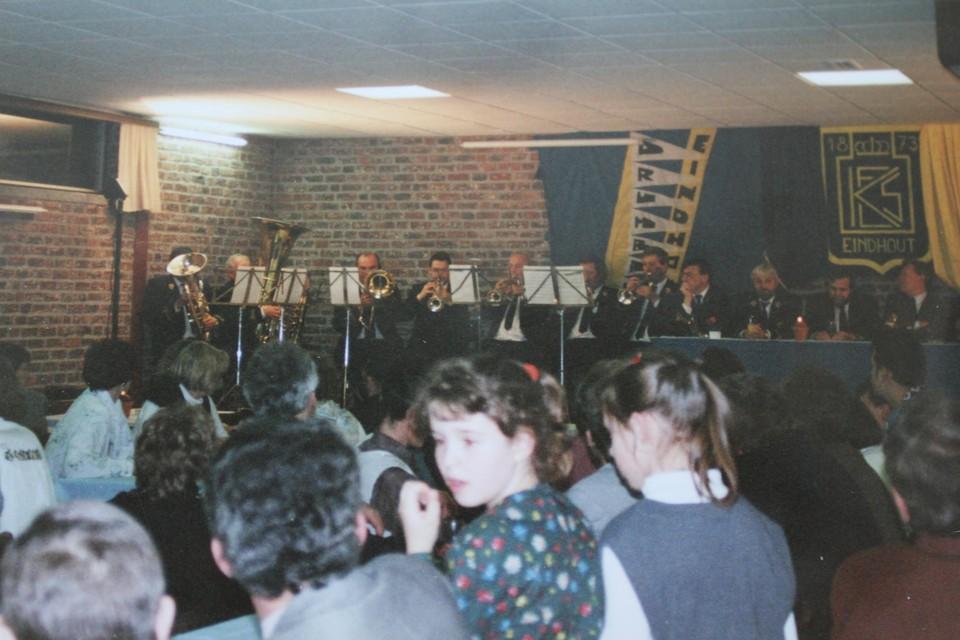 Optreden van de fanfare in zaal Sint-Lambertus.
